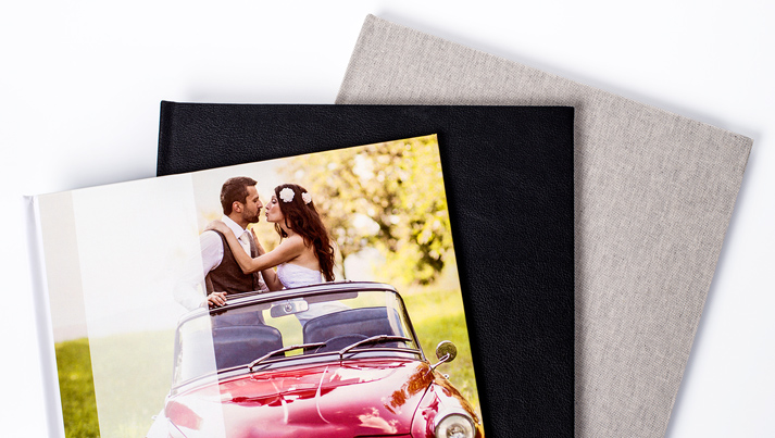 Photobooks with a picture-, leather- or linen cover