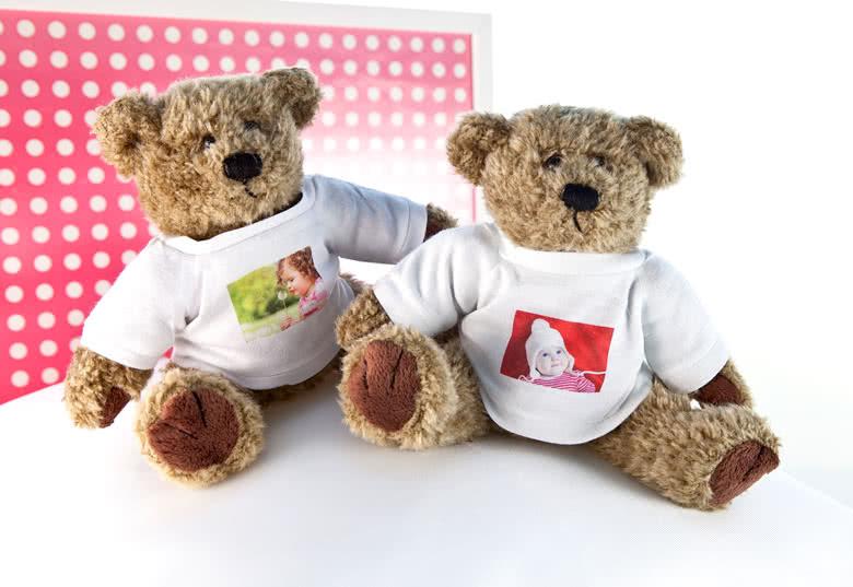 id e cadeau enfant ours en peluche personnalis avec photo. Black Bedroom Furniture Sets. Home Design Ideas