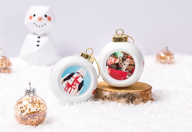 Personalised Christmas Bauble with photo from smartphoto former ...
