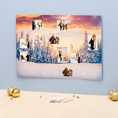 Adventskalender met foto's Stad in kerstsfeer