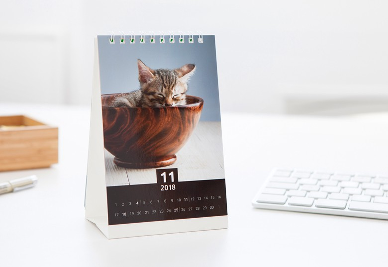 Design your own Desk Calendar