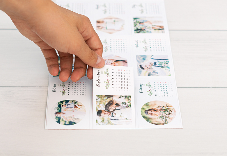Create Magnetic calendar