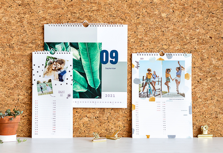 Design your own Wall Calendar