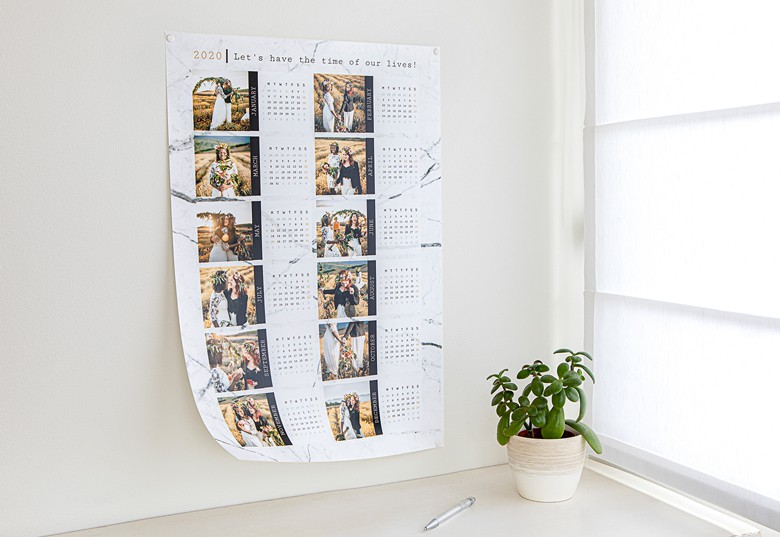 Decorate your Poster calendar with your favourite pictures