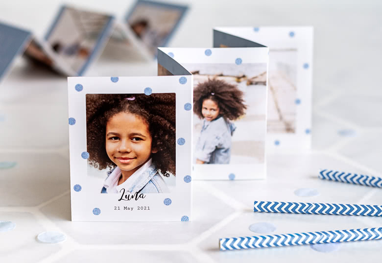 Fold out photo card