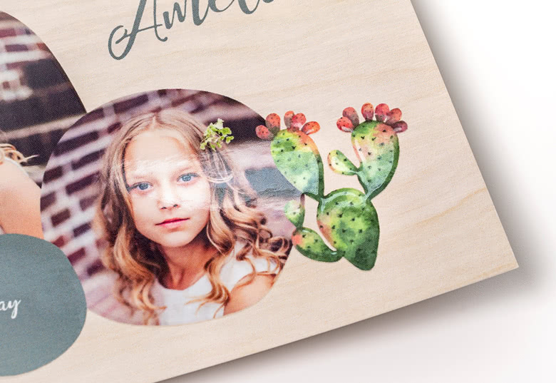 Create {0} Photo Cards with spot UV