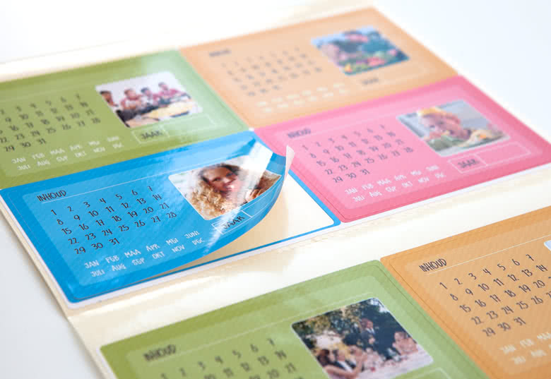 Self-adhesive, easy application. Glossy paper stickers