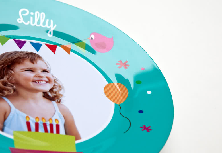 Strong Polymer White Kids Plate that is microwave- and dishwasher proof