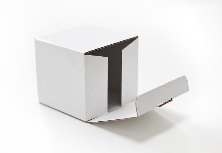 Sturdy box bottom