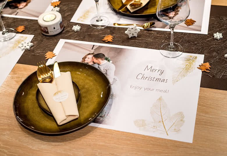 Make your personalised Set of Paper Placemats