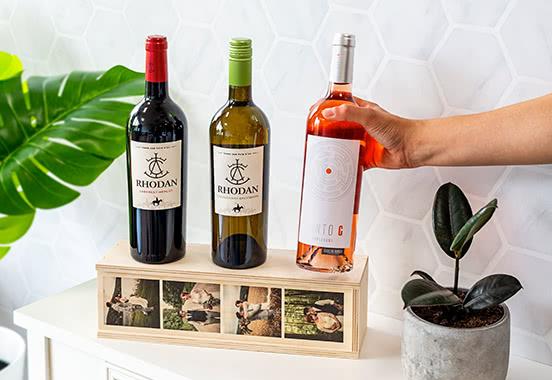 Wijnkist met wijnfles