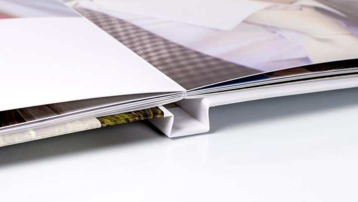 Kostenlose Panorama-Flachbindung für Ihr Hardcover Fotobuch!